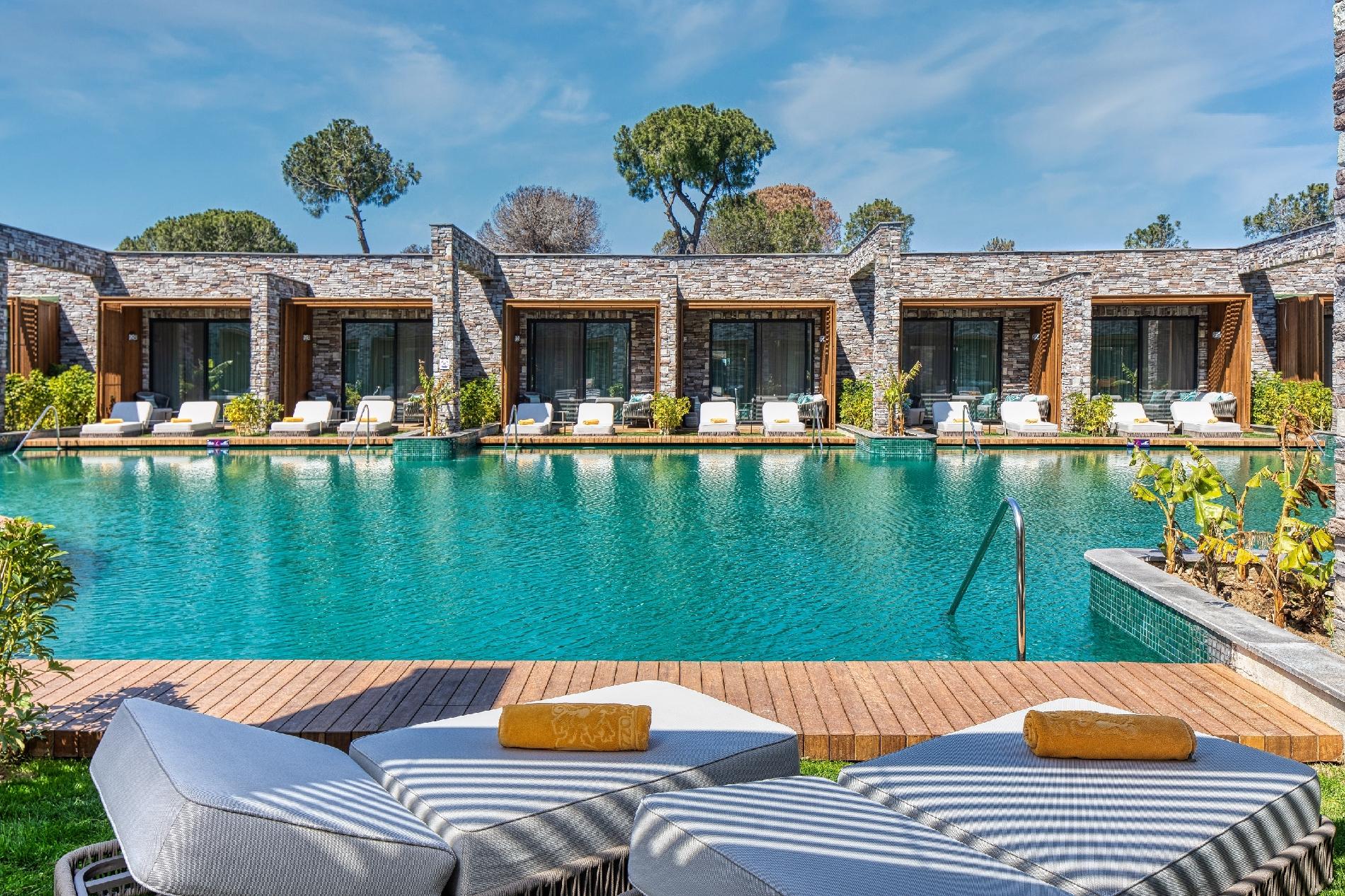 Luxury Lagoon Suite