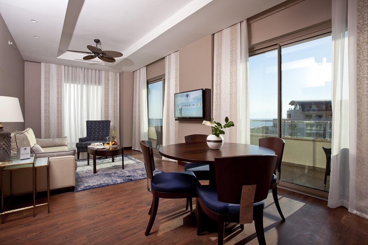 Palazzo Suite Sea View